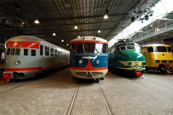 locomotieven-treinen-rijtuigen-spoorwegmuseum