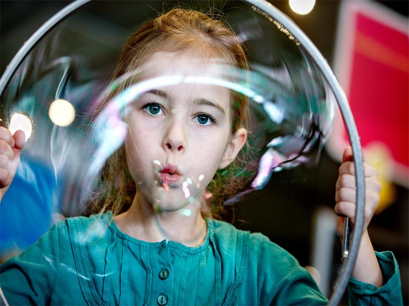 science-center-nemo-zeepbel
